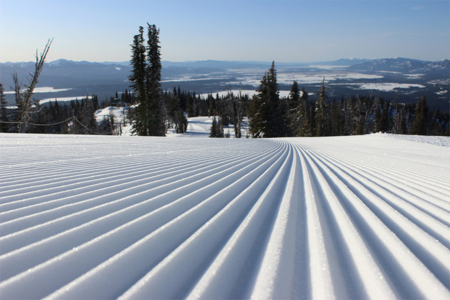 Skiing Brundage USA