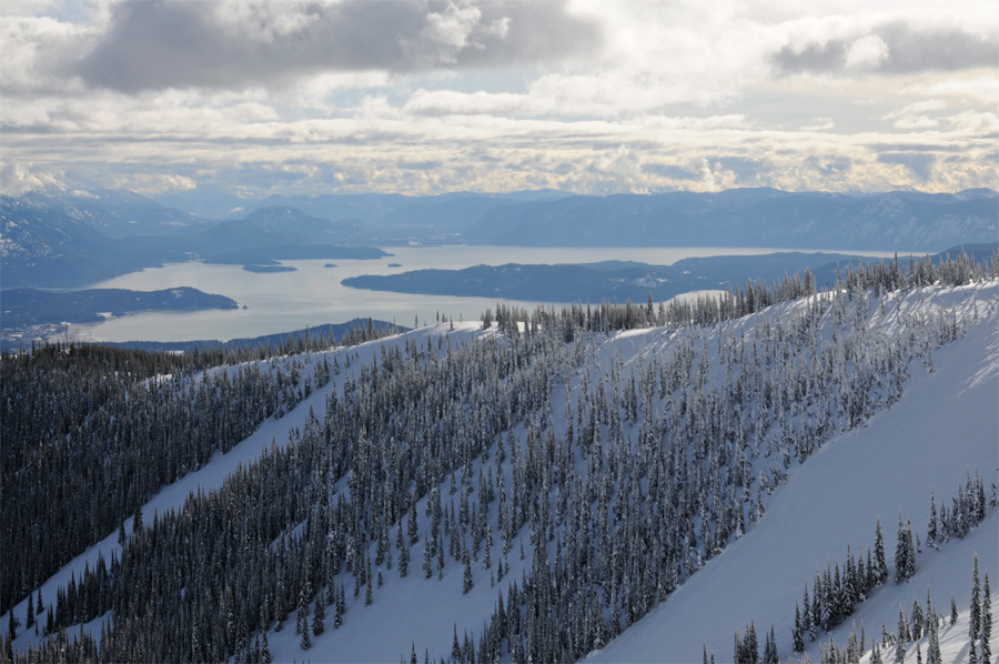 Skiing Schweitzer Mountain USA