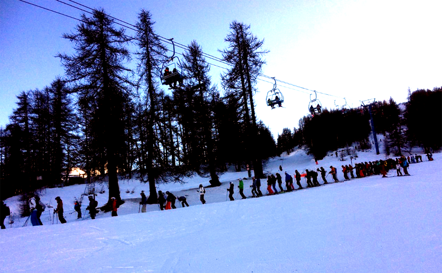 ski lift queue